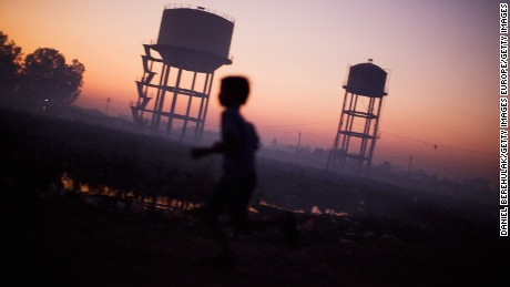 Polluted environments kill 1.7 million children each year, WHO says