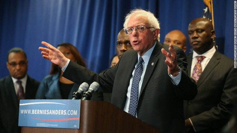 Sanders campaign accused of stealing data