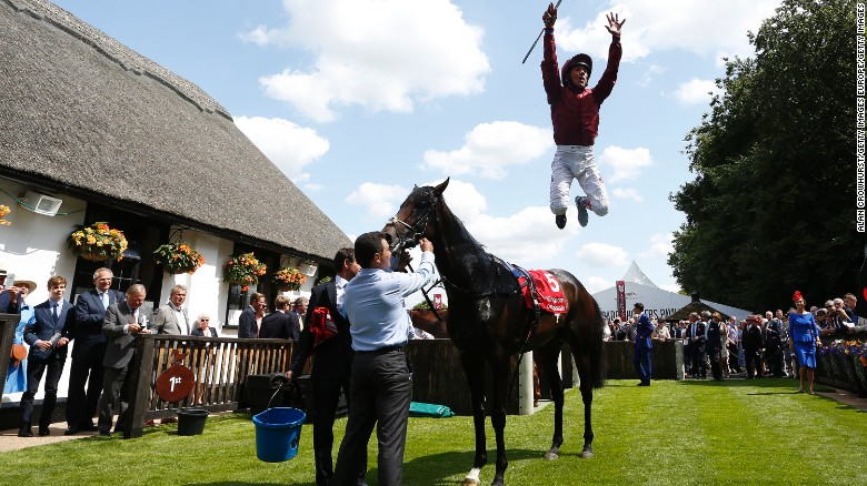 Frankie Dettori crowned 2015 'World's Best Jockey'