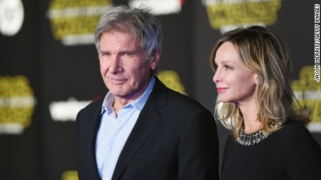 "HOLLYWOOD, CA - DECEMBER 14:  Actors Harrison Ford (L) and Calista Flockhart attend the Premiere of Walt Disney Pictures and Lucasfilm's ""Star Wars: The Force Awakens"" on December 14, 2015 in Hollywood, California.  (Photo by Jason Merritt/Getty Images)"