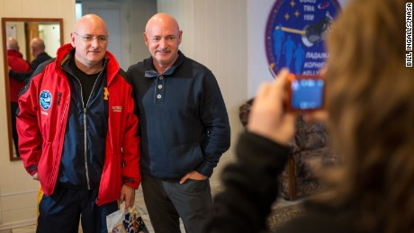 Scott and Mark Kelly become personal about spaceflight