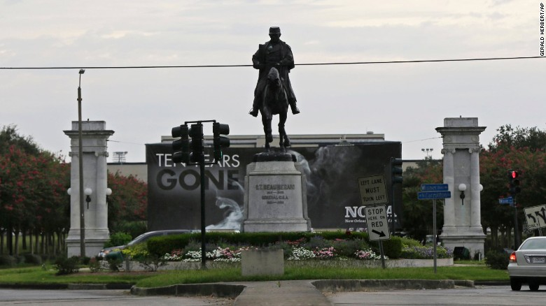 colors for monuments new orleans votes to remove confederate monuments cnn