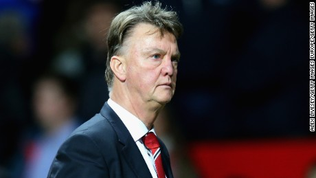 Van Gaal under pressure after Man Utd defeat