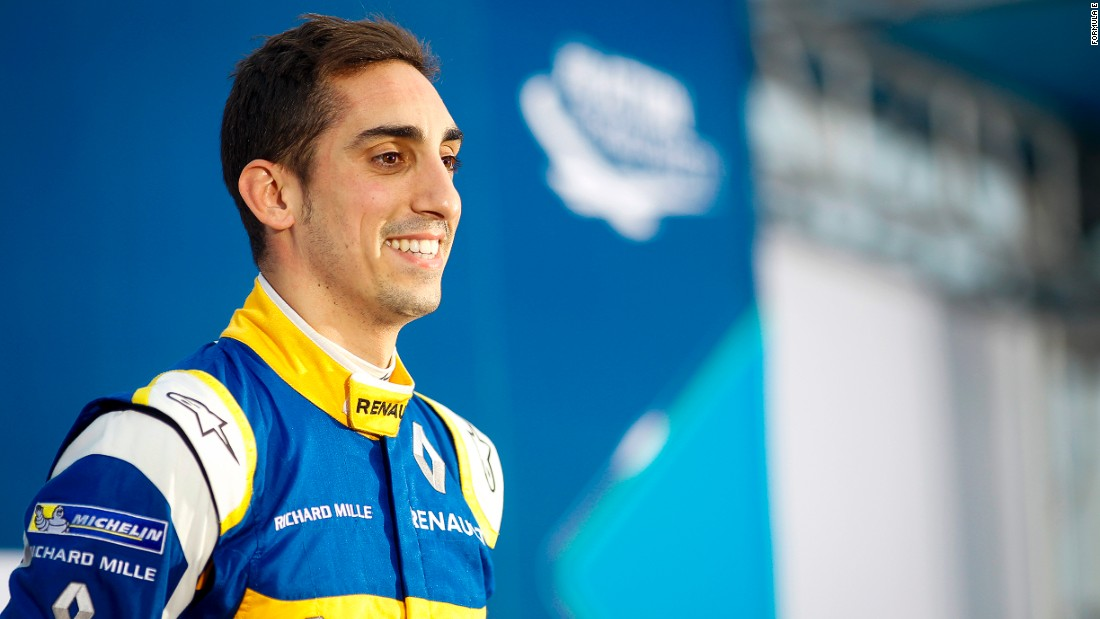 Sebastian Buemi took the checkered flag in the race for all-electric vehicles. A former Formula One driver, the Swiss is now leading the Drivers' Championship.