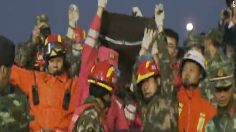 First survivors pulled from China landslide
