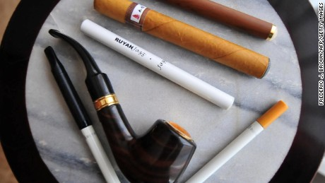 FDA  to extend tobacco regulations to e-cigarettes