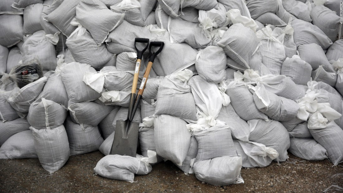 Shovels lean against a sandbag wall in Kimmswick, Missouri, on Monday, December 28.