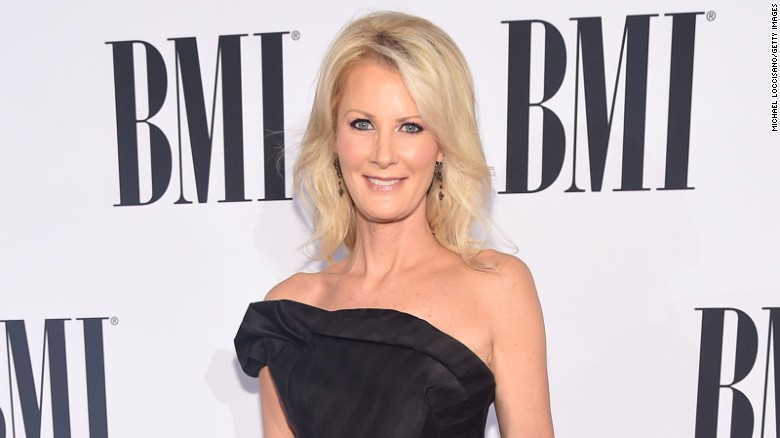 Sandra Lee sad to leave home she shared with Gov. アンドリュー・クオモ