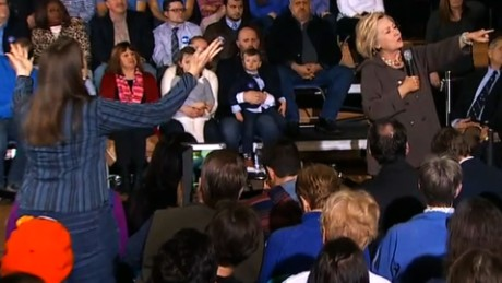 Hillary Clinton heckler Juanita Broaderick New Hampshire_00011722.jpg