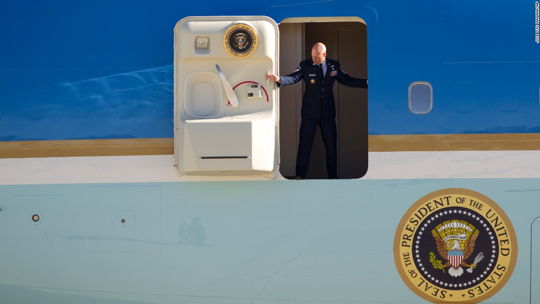 "The door to Air Force One is opened Sunday, January 3, as President Obama and his family returned to the mainland following <a href=""http://www.cnn.com/2015/12/28/politics/gallery/obama-hawaii-christmas-vacation-2015/index.html"" target=""_blank"">a vacation in Hawaii.</a>"