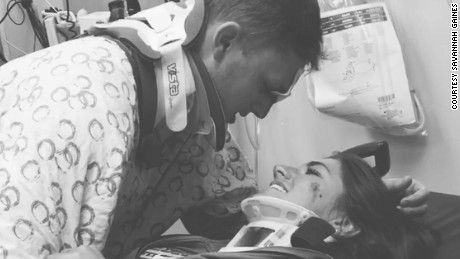 Arika Stovall and Hunter Hanks survived a deadly car crash and shared a photo of them reuniting at the hospital that has since goneviral.