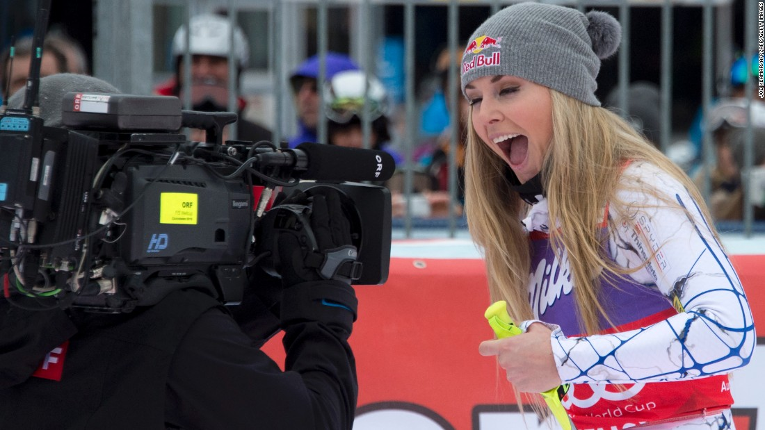 The victory marked the 36th World Cup downhill race win of career Vonn's career, equaling the record long held by Annemarie Moser-Proell.