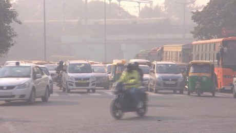 india new delhi pollution controls field pkg_00002112.jpg