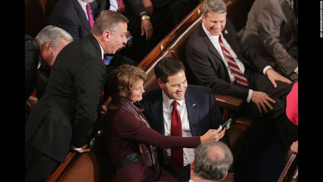 Rubio takes a selfie with Sen. Lisa Murkowski before the State of the Union.
