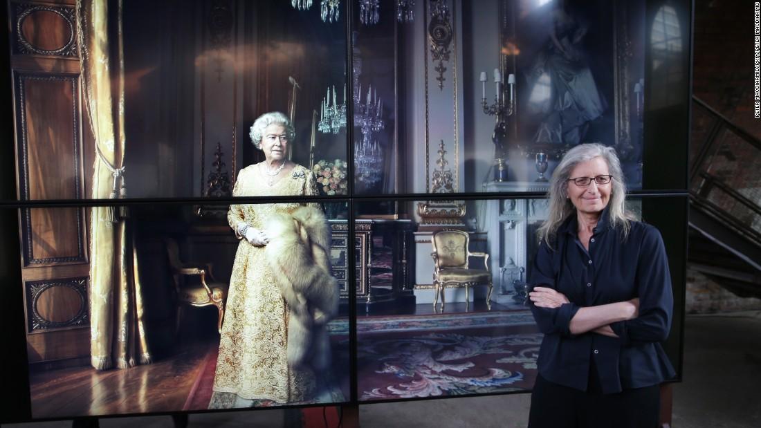 Annie Leibovitz unveils portraits of Amy Schumer, Adele