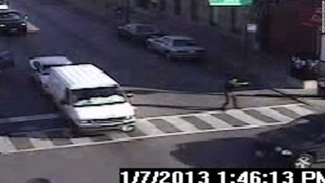 Video released of Chicago police shooting of Cedrick Chatman