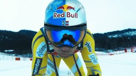 ae aksel lund svindal returns to skiing spc_00003403