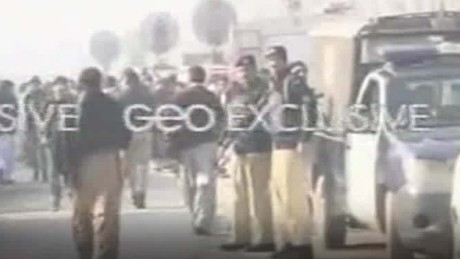 gunmen enter university in pakistan saifi bpr_00014530