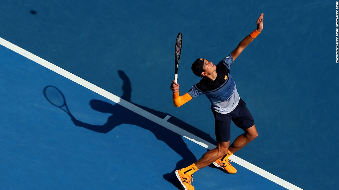 Milos Raonic upset 2014 champion Stan Wawrinka 6-4 6-3 5-7 4-6 6-3 on Monday to reach the Australian Open quarterfinals.