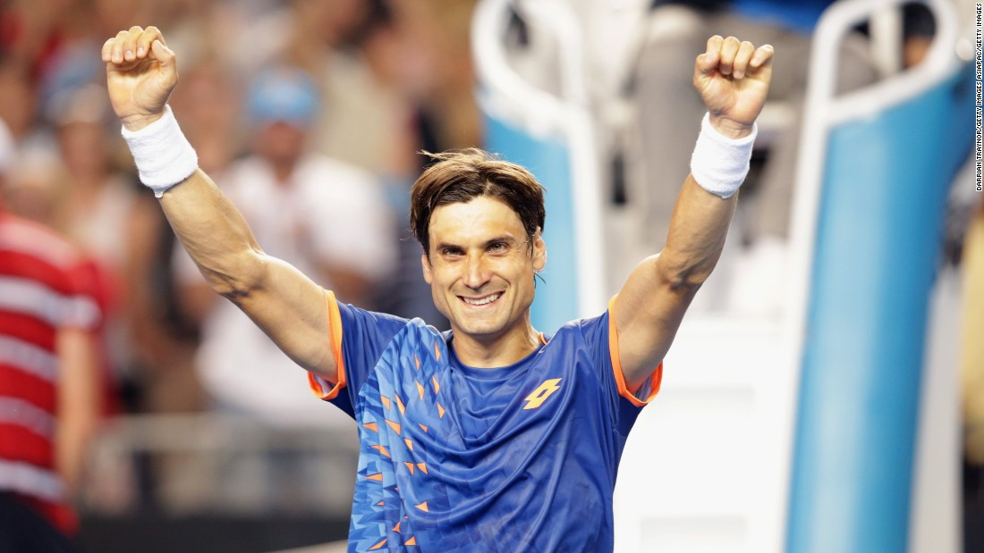 David Ferrer overcame big-serving American John Isner 6-4 6-4 7-5 and will face Britain's Andy Murray in the quarterfinals.