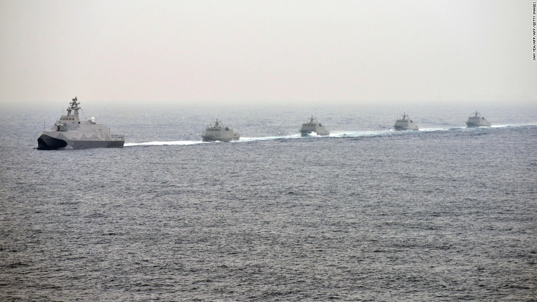 Taiwanese naval vessels take part in a drill off the port in Kaohsiung on January 27.