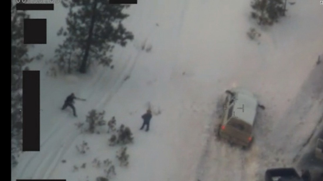 Oregon standoff leader Ammon Bundy withdraws request for release