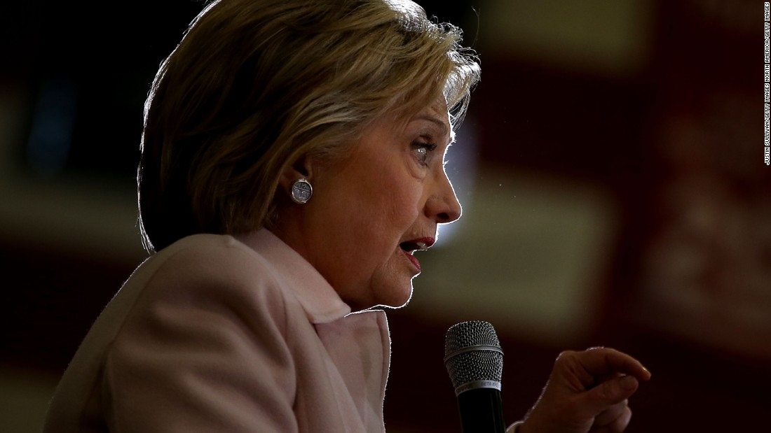 Clinton exudes confidence ahead of Iowa caucuses