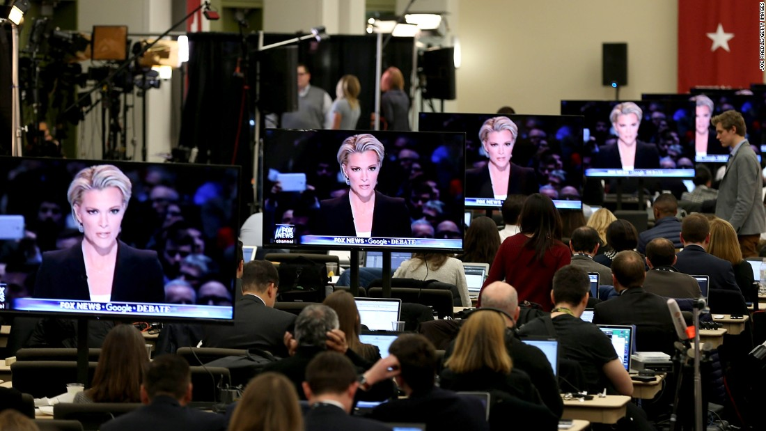"Fox News anchor Megyn Kelly is seen on television screens as she moderates the <a href=""http://www.cnn.com/2016/01/28/politics/republican-debate-2016-highlights/"" target=""_blank"">Republican presidential debate</a> in Des Moines, Iowa, on Thursday, January 28."