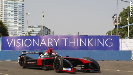Formula E: Pioneering electric race series resumes