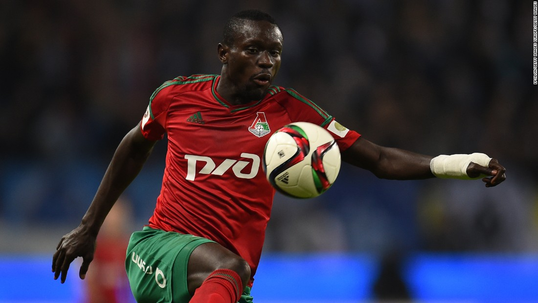 "Everton moved to replace the departing Steven Naismith with Senegal forward Oumar Niasse. Niasse, 25, scored 13 in 23 appearances this season before the move, and was enthused by the prospect of playing under the Everton manager, Roberto Martinez. ""I was interested to see how they play,"" said Niasse. ""If you see players who are aged 20 or 21 and see them perform like that, you know you have a good coach."""