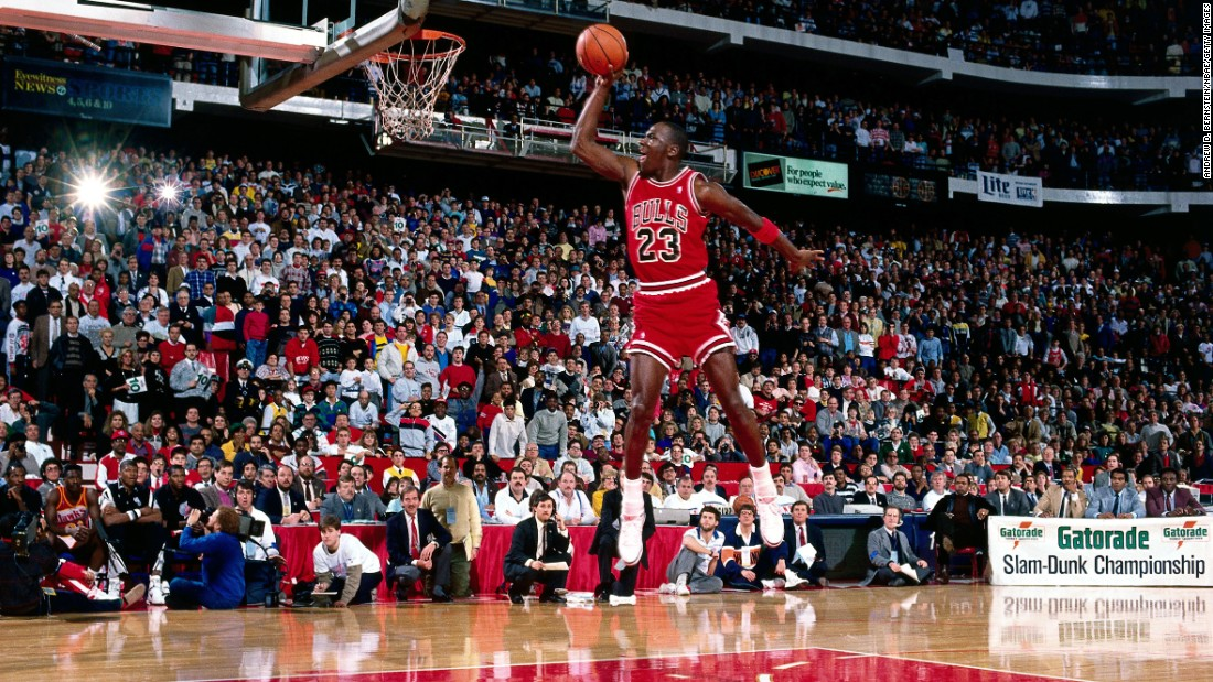 Jordan and Wilkins picked up where they left off in 1985, staging perhaps the most memorable showdown in the history of the Slam Dunk Contest. The two went tit-for-tat in the finals, with both scoring a pair of perfect 50s. In the end, however, it was Jordan -- with the support of the hometown Chicago crowd -- clinching back-to-back titles.