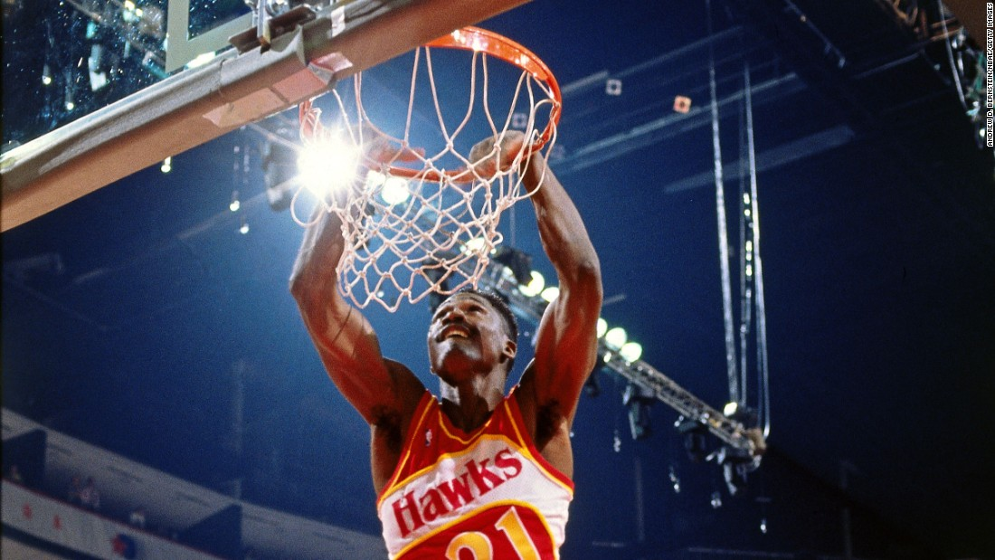 Wilkins reclaimed his title in Miami, throwing down several of his trademark windmills to defeat a group that included Walker and runner-up Kenny Smith.