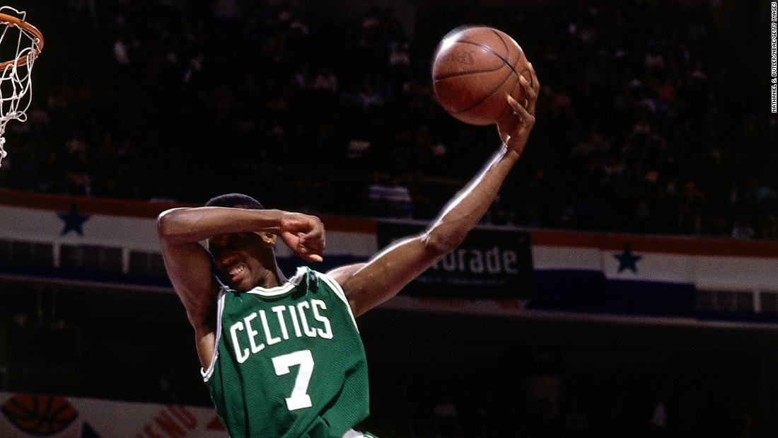 The 6-foot-1 Celtics guard brought marketing to the forefront, inflating his Reebok Pumps throughout the contest. His signature dunk was his last one, as he covered his eyes for a no-look finish.