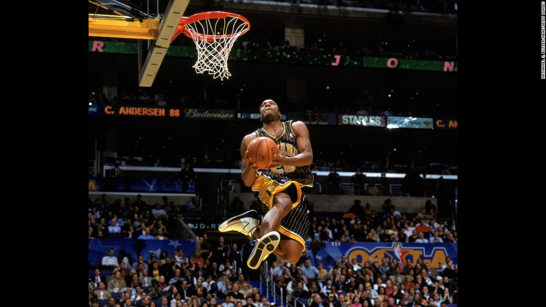 "Missed dunks doomed this contest's place in history, with Richardson and Jones both faltering in the finals. Ultimately, Jones' one completed dunk was enough to top Richardson's one dunk and prevent the contest's first-ever ""threepeat."""