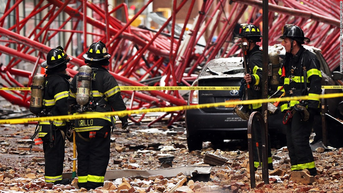 New York City Crane Collapse 1 Dead 2 Seriously Hurt Cnn