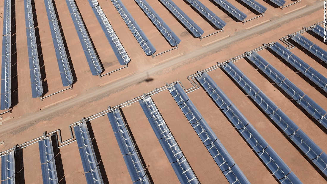 Morocco's megawatt solar plant powers up