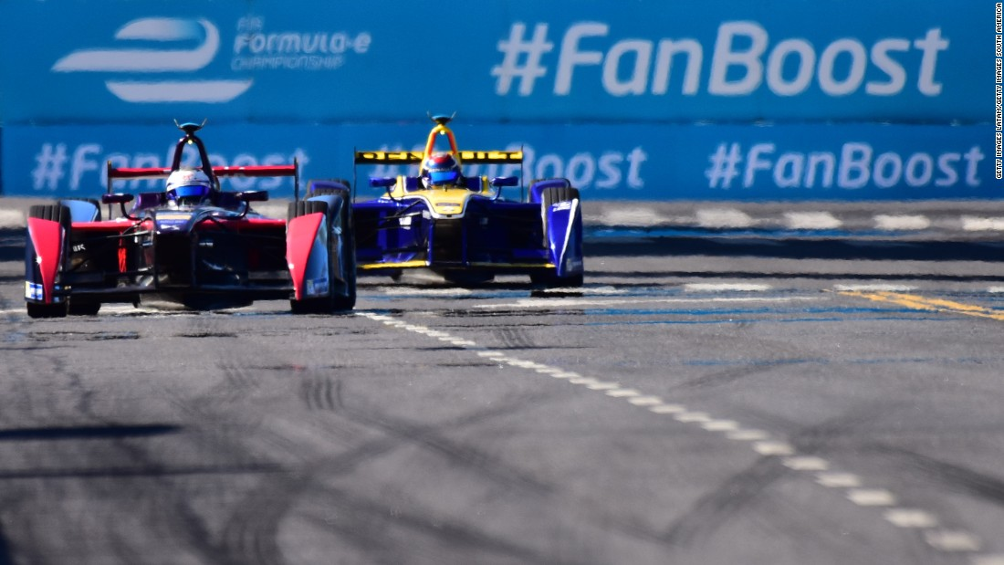 Bird in his DS Virgin Racing car (left) and Sebastien Buemi of Renault e.dams fought an incredible battle in the closing laps of the race. The Swiss, who started from last place at the Puerto Madero Street circuit, couldn't find a way past and had to settle for second place.