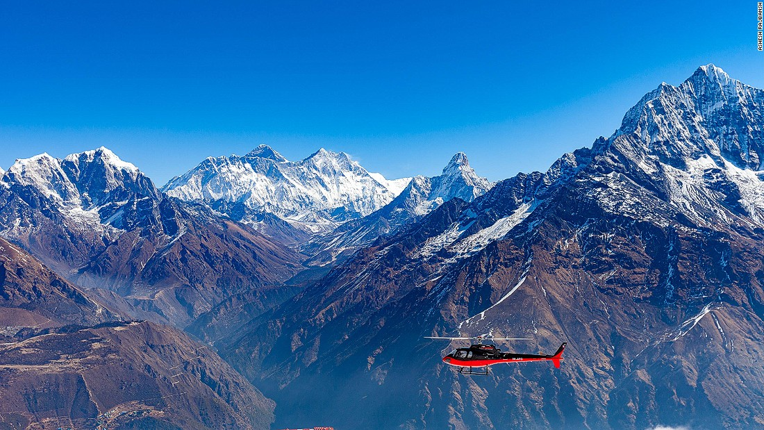 A charter helicopter, arranged by Indian Outskirts, takes couples around the mountain before stopping at one of the world's highest lodges for breakfast.
