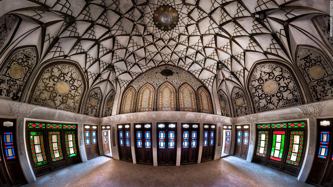 Built for a famous Kashan merchant during the Qajar dynasty era, this house has several sections decorated with different types of art and architectural features, such as stucco and stained glass.<br />