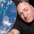 02 scott kelly selfie 0211