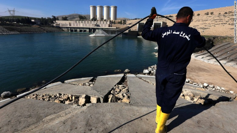 Mosul dam at 'risk of catastrophic failure'
