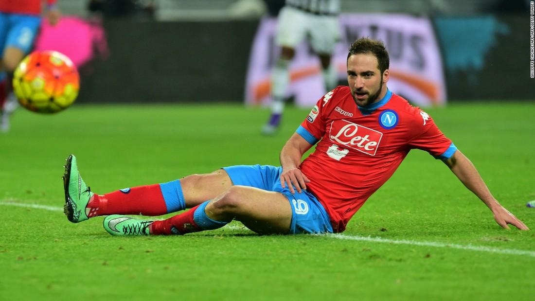 Gonzalo Higuain came close for Napoli in the first half but was denied by a last ditch intervention from Juve defender, Leonardo Bonucci.
