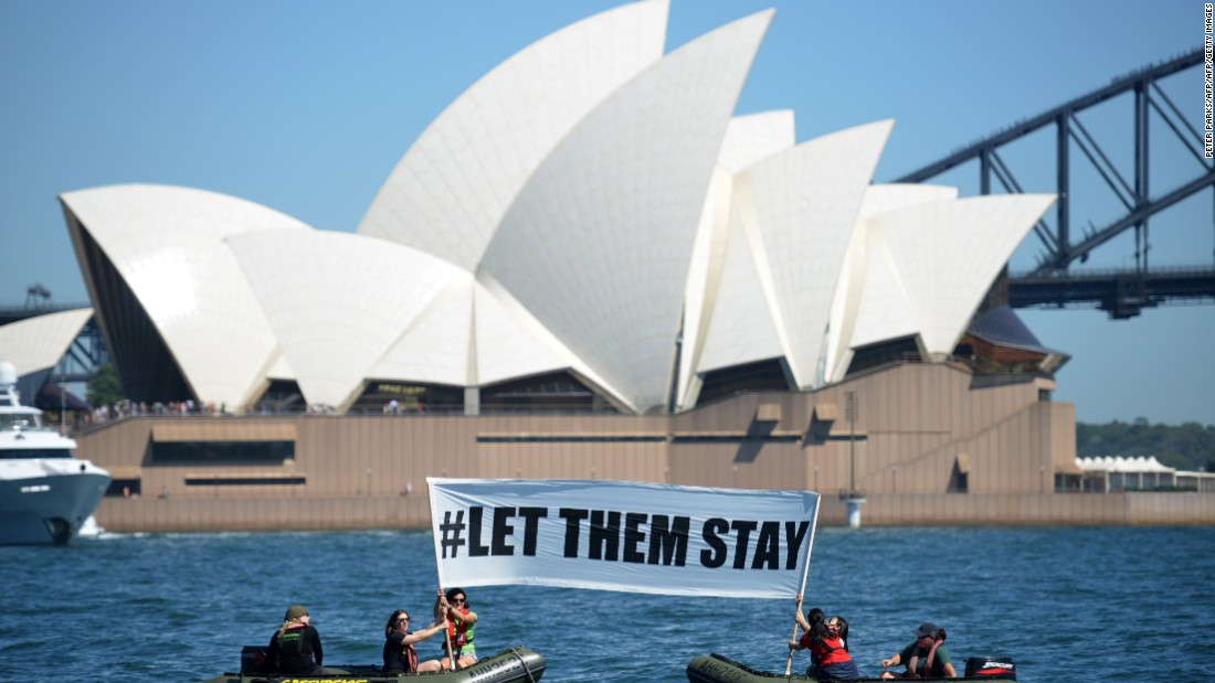 Bill would ban refugees from settlement in Australia, PM says