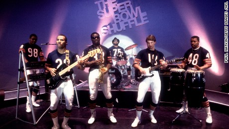 Chicago Bears players during filming of the Super Bowl Shuffle in Chicago, Illinois in 1985.     (Photo by Paul Natkin/Getty Images) *** Local Caption ***