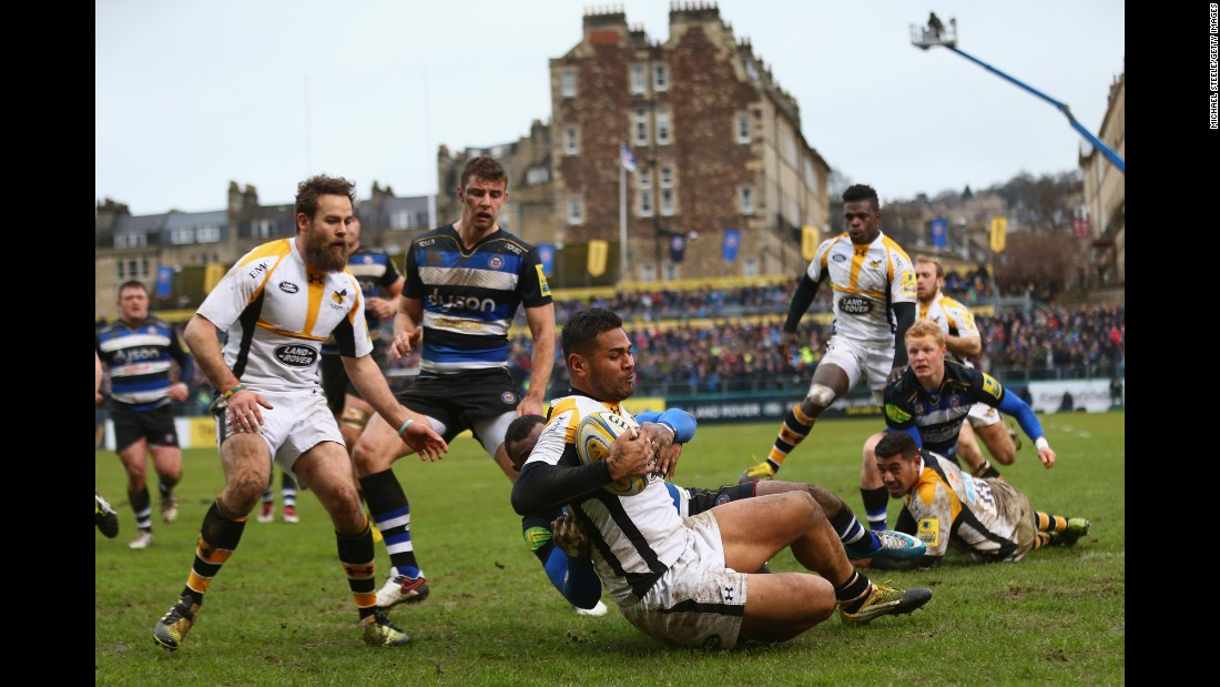 Frank Halai scores Wasps' opening try during a Premiership match in Bath, England, on Saturday, February 20. Wasps defeated Bath 24-18.