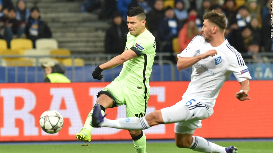 Manchester City traveled to Dynamo Kiev for its last 16 Champions League tie. The English club, which has never reached the quarter final stage, threatened early on through Sergio Aguero.