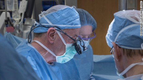 Cleveland Clinic doctors perform uterus transplant