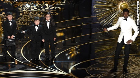 Oscars 2016's lack of Hispanics, Asians shows that Hollywood doesn't get it
