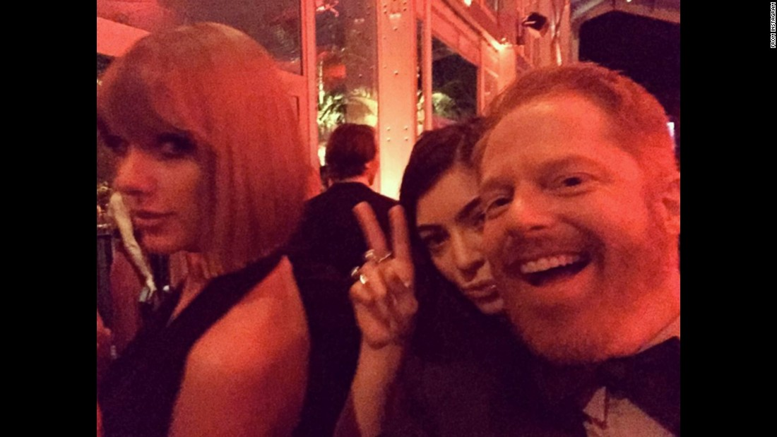 "Actor Jesse Tyler Ferguson attends the Vanity Fair Oscar Party with singers Taylor Swift and Lorde -- ""two of my all time favorite spirit animals,"" <a href=""https://www.instagram.com/p/BCXX9uQwEkt/"" target=""_blank"">he said</a> on Monday, February 29."