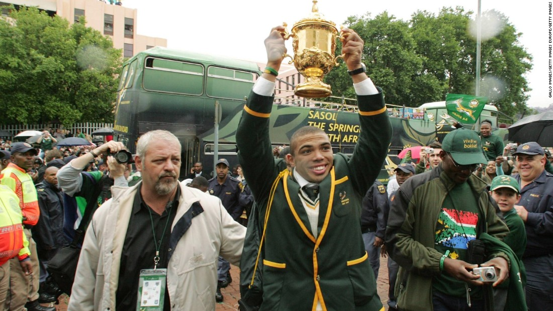 Habana helped South Africa win the 2007 World Cup in France. The Springboks defeated defending champion England in the final.